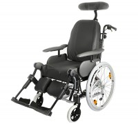 Кресло-коляска Invacare Rea Azalea с принадлежностями, 44см