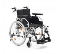 Кресло инвалидное Армед FS251LHPQ (пневмо колеса)